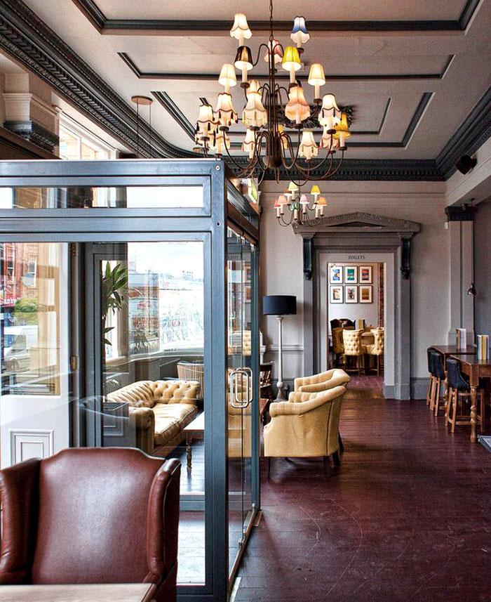 contemporary-gastro-pub-dv8-designs