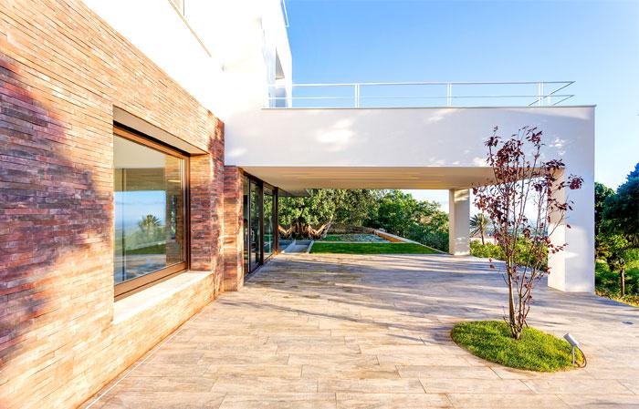 courtyard house lithos design 9