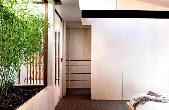 house-4a-beach-avenue-green-bamboo-wall