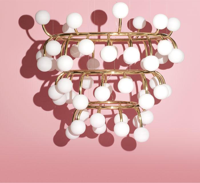 pollen-hand-blown-glass-spheres-concentric-structure-chandelier-design