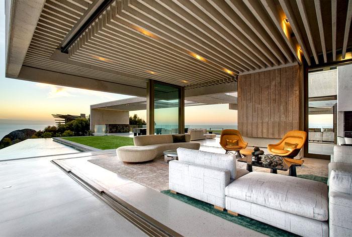 romantic-mansion-sculptural-timber-clading