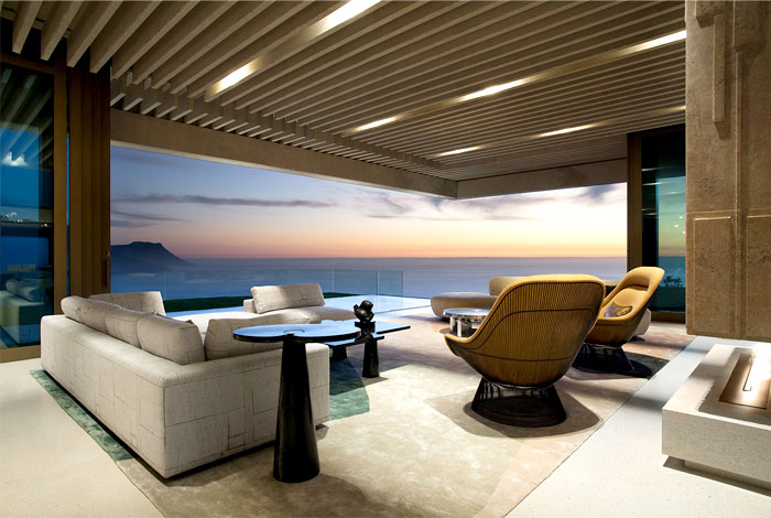romantic-mansion-stunning 360-degree-sea-views