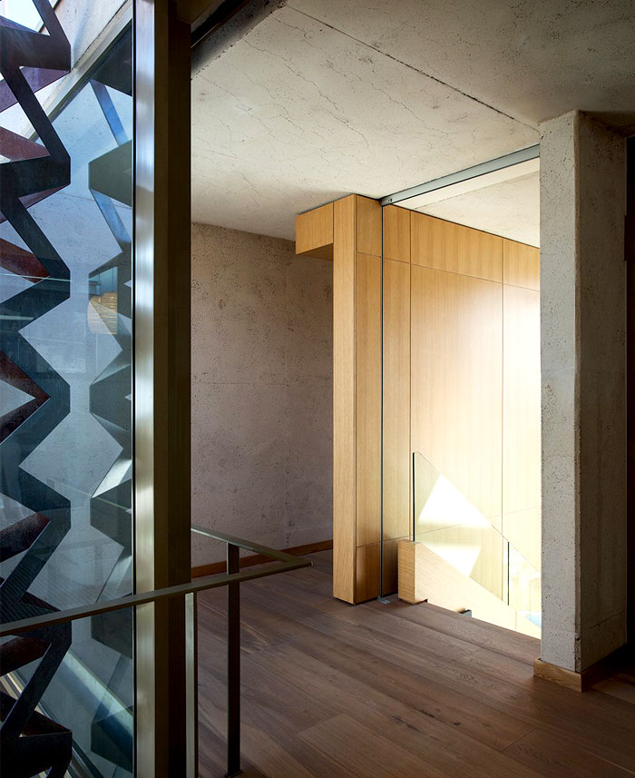 sculptural-timber-clad-stairs-2