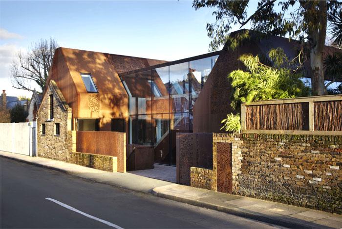 london-suburban-house-1