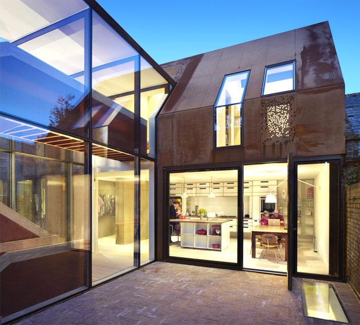 london-suburban-house-6