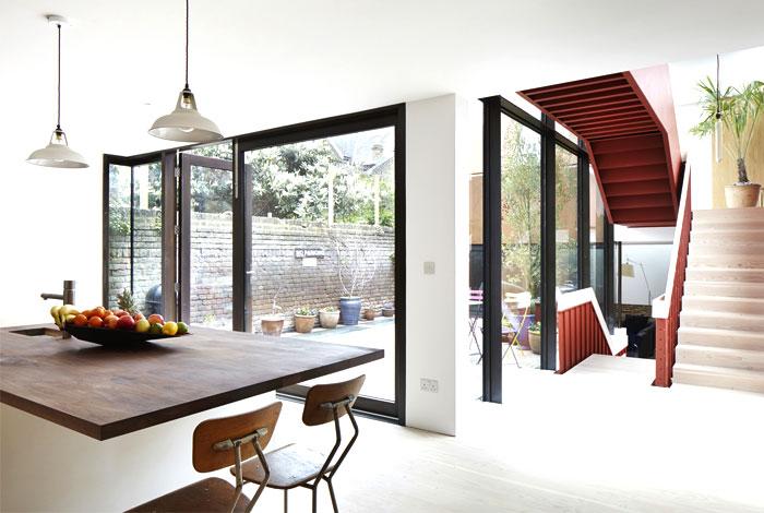 london-suburban-house-8