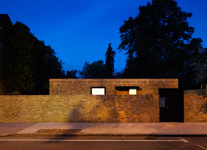 phillips-tracey-architects-simple-brick-house-3