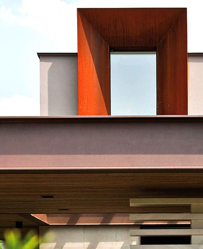 refreshing-untypical-house-suburban-surrounding-5