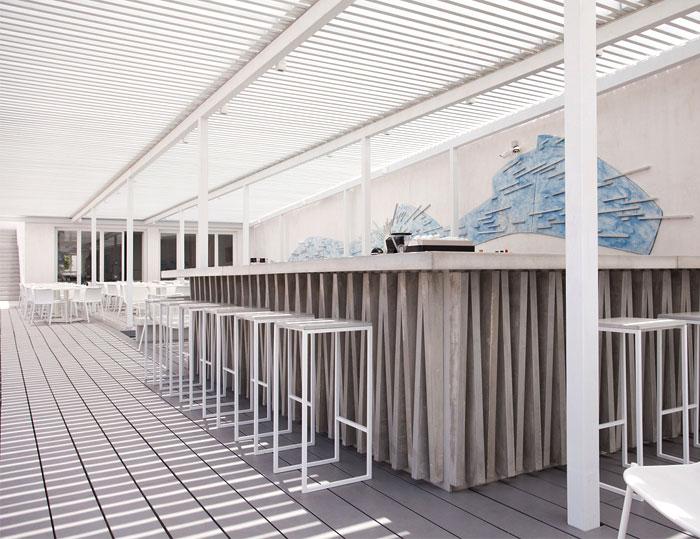 relux-ios-island-hotel-19
