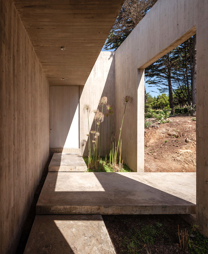 futuristic-house-bahia-azul-14