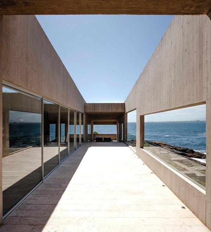 futuristic-house-bahia-azul-4