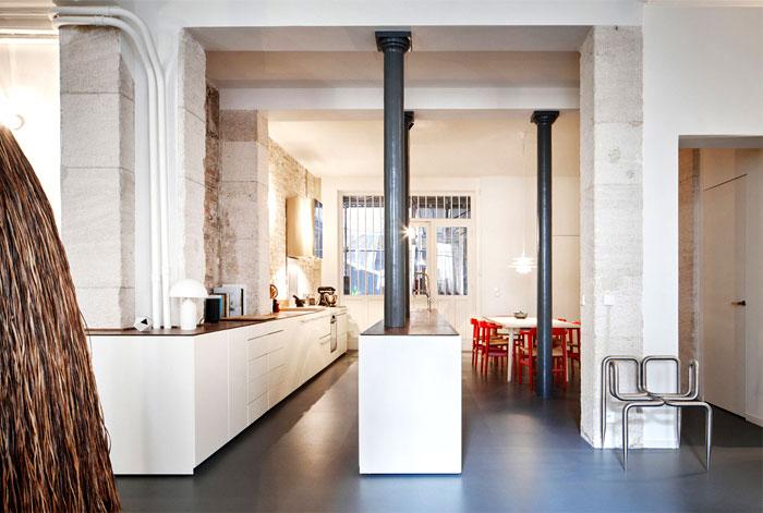 parisian-apartment-cut-architects-8