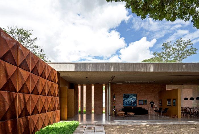 bohemian-villa-located-brazil-1