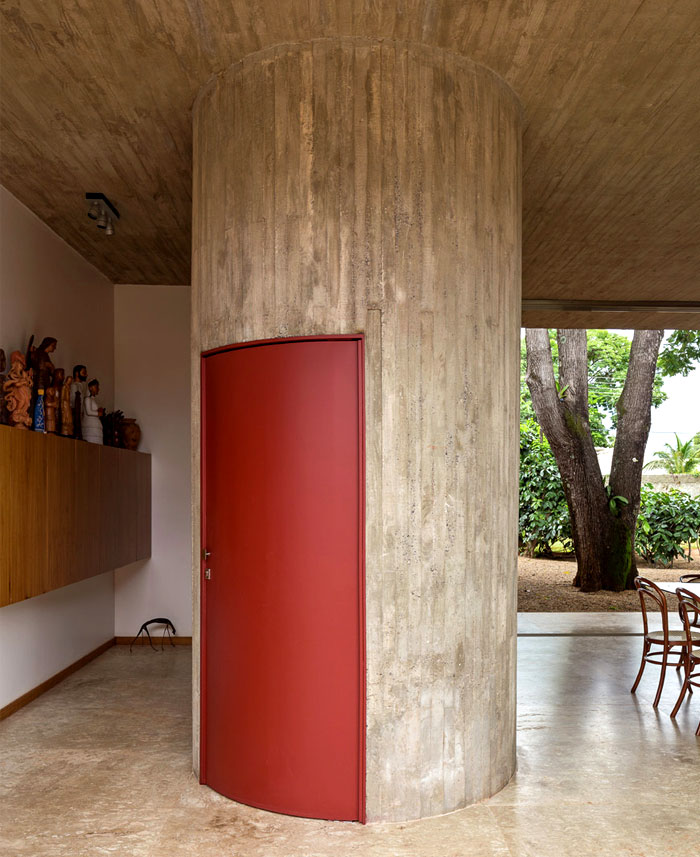 bohemian-villa-located-brazil-16