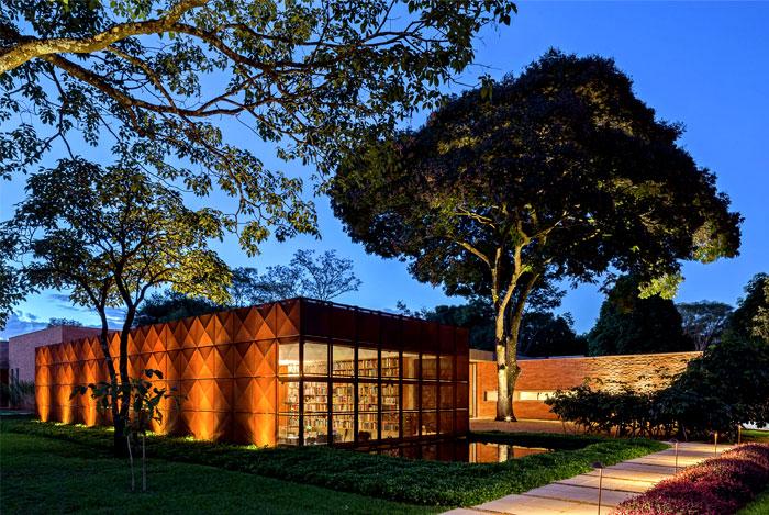 bohemian-villa-located-brazil-7
