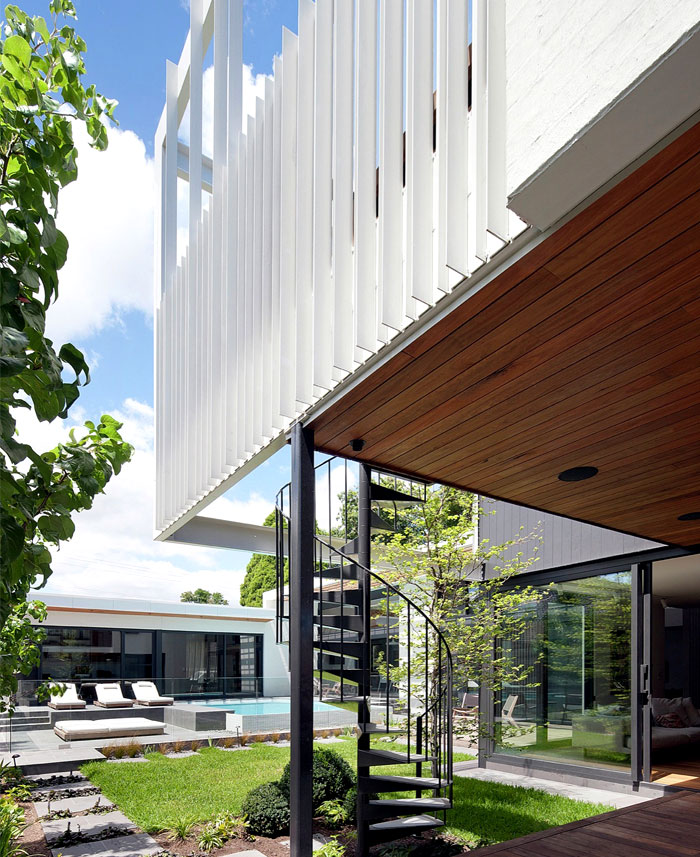 contemporary house located australia 19