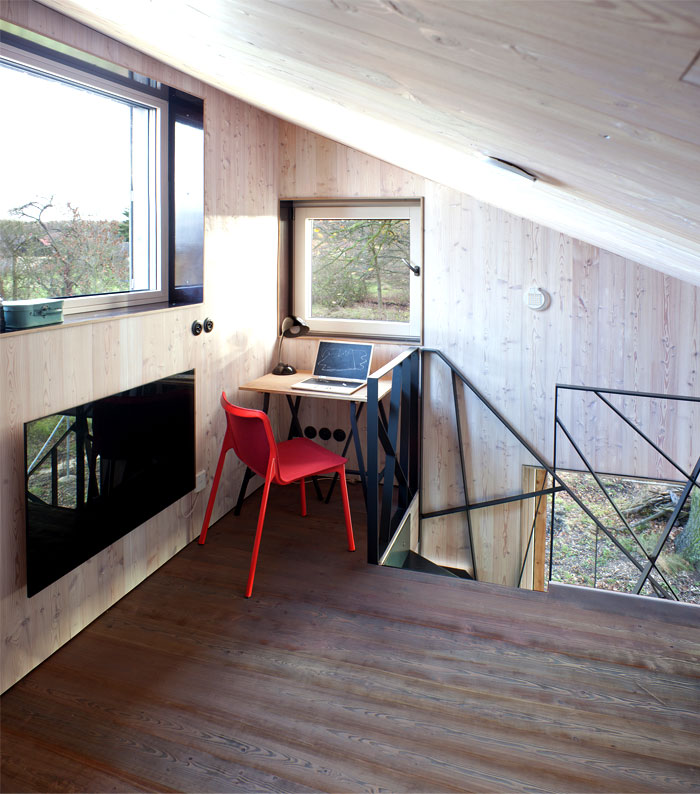 contemporary-wooden-house-zilvar-4