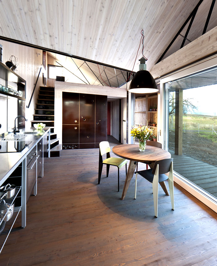 contemporary-wooden-house-zilvar-7