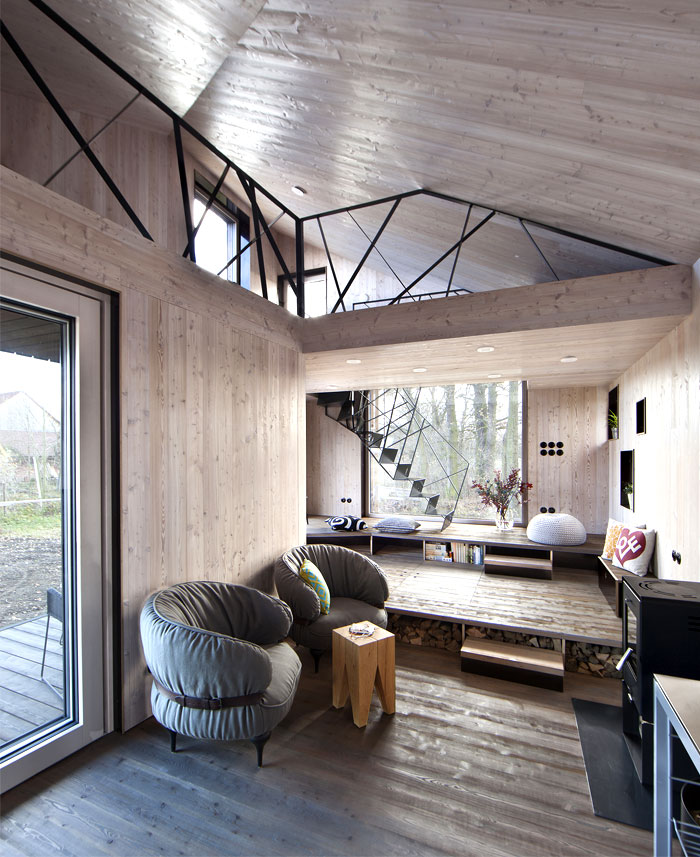 contemporary-wooden-house-zilvar-8