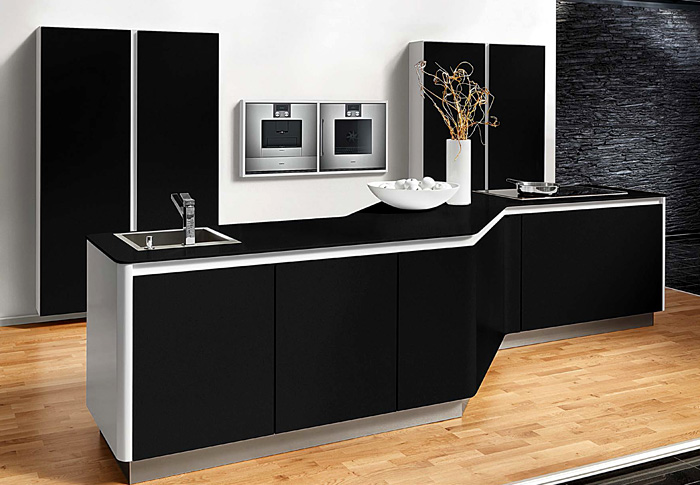 black-kitchen-beek