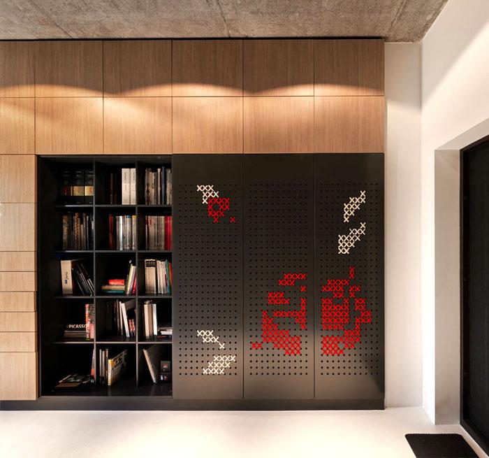 modern-office-located-kiev-15