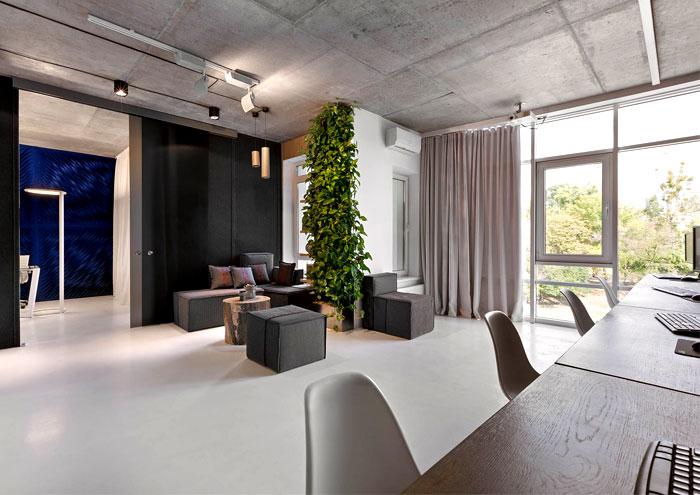 modern-office-located-kiev-5