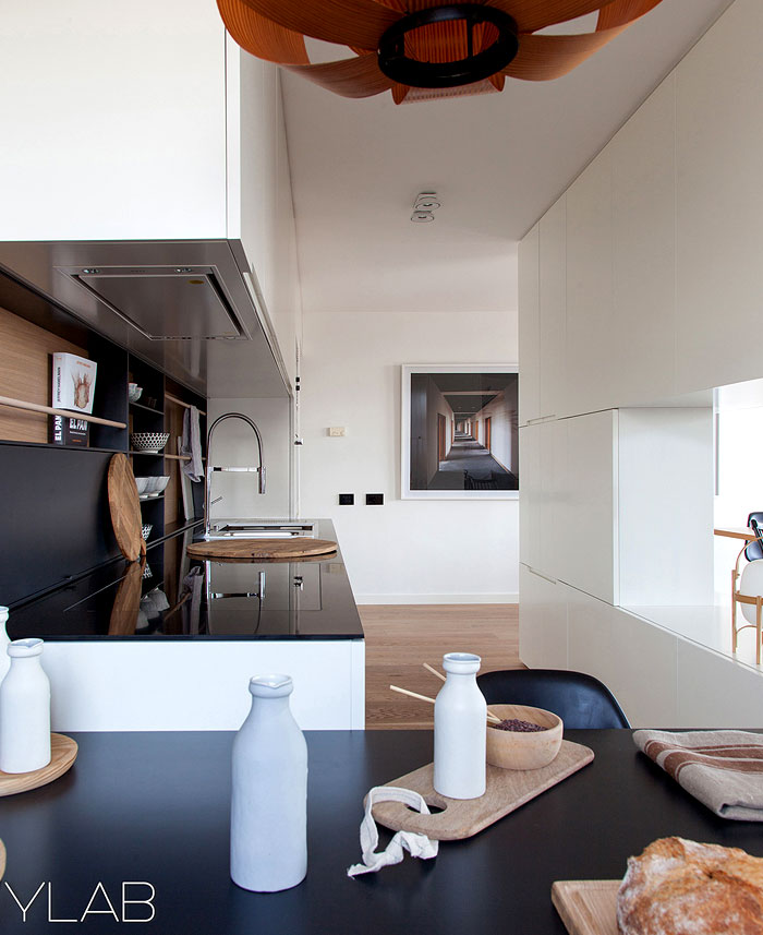 apartment-classy-residential-area-barcelona