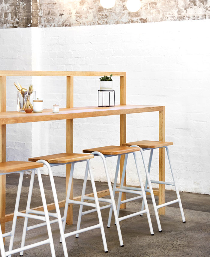 cozy-interior-organic-tea-bar-8