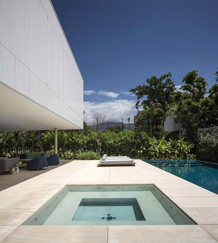 minimalist-house-studio-mk-27-20
