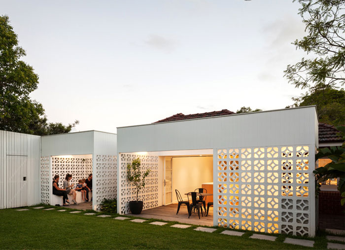 breeze-block-house-2