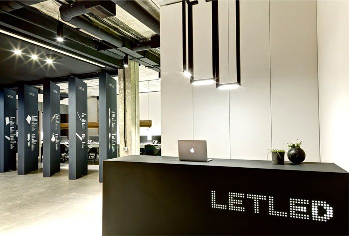 let-led-office-interior-zooi-design-16