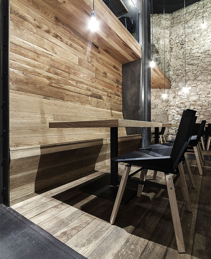 alma-negra-wine-restaurant