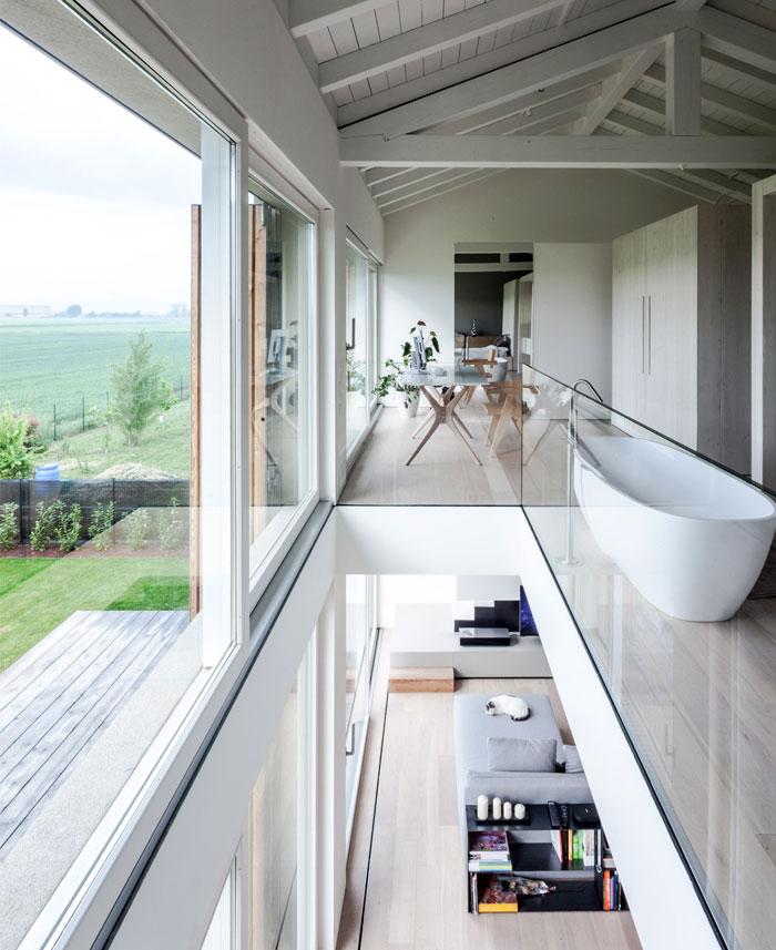 renewed-barn-house-italy-4