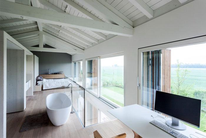 renewed-barn-house-italy-6