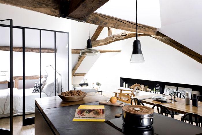 loft-paris-exposed-wooden-beams-3
