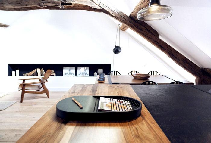 loft-paris-exposed-wooden-beams