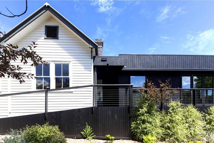 those-architects-cottage-armidale-3