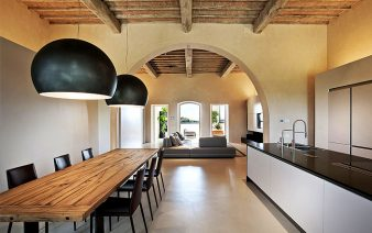 italian villa 338x212
