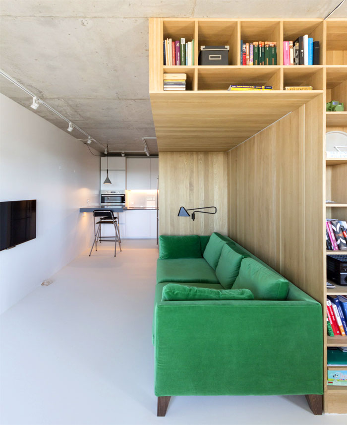 small-contemporary-apartment-moscow-13