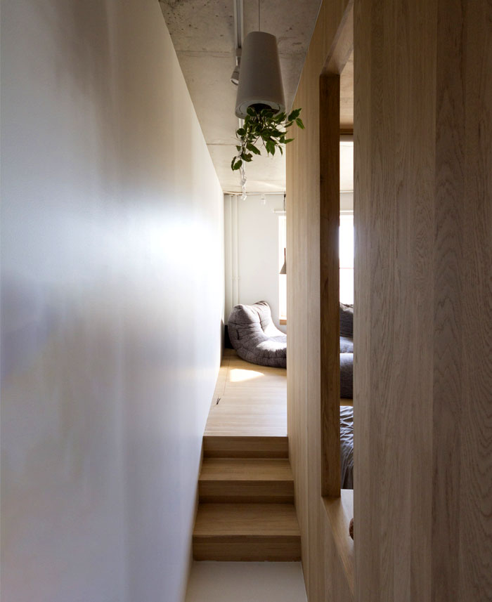 small-contemporary-apartment-moscow-18