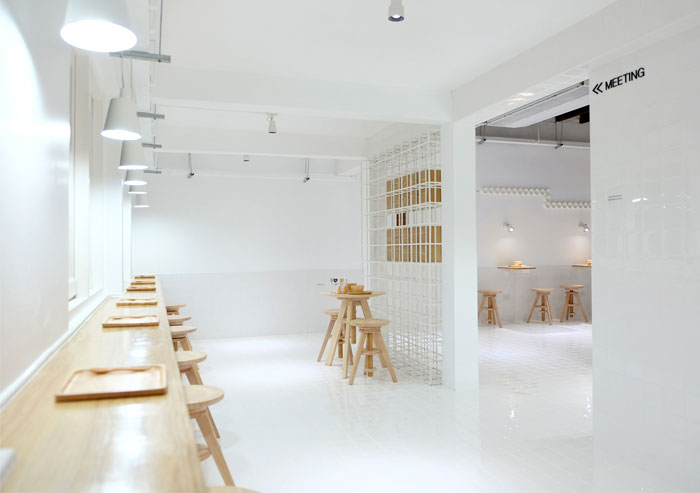 thaipan-studio-milk-bar-in-bangkok-5