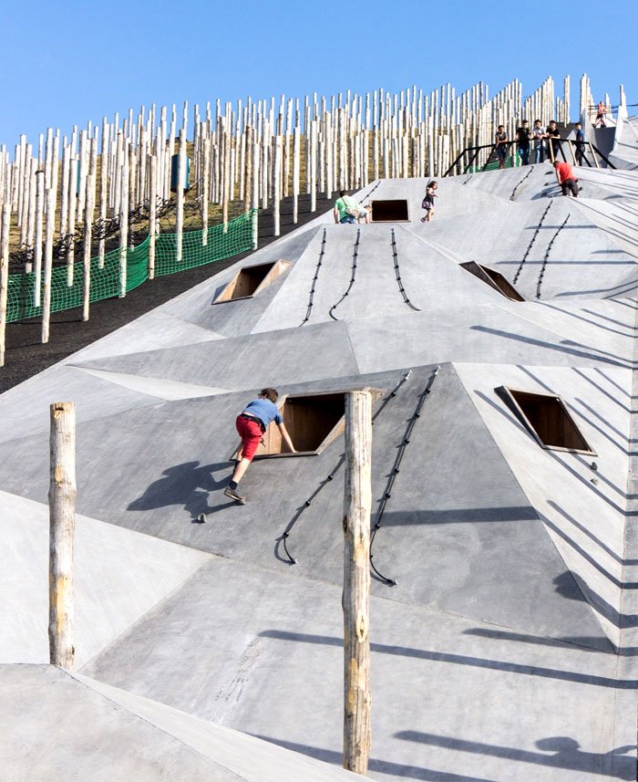 design-adventurous-play-scape-landmark-22