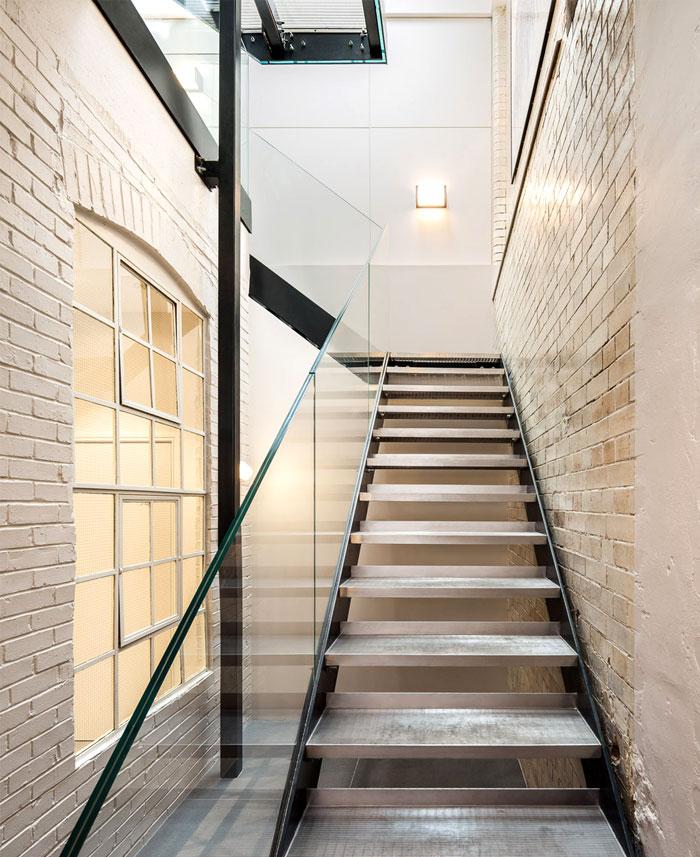 interior-decor-bakery-place-23