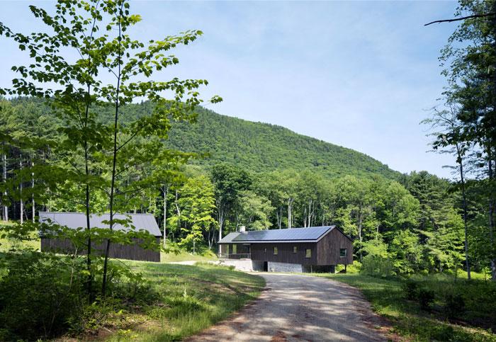 contemporary-decor-countryside-home-19