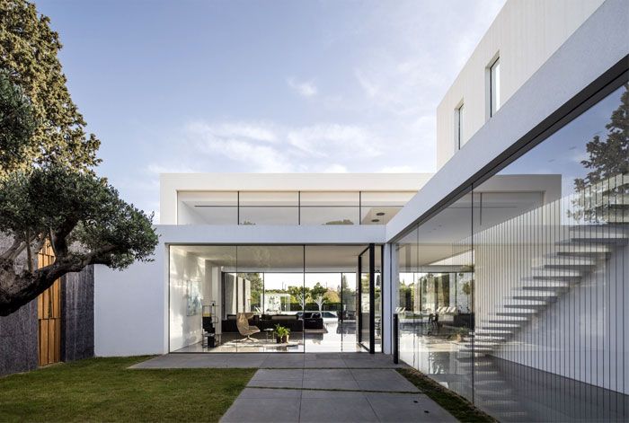 f house pitsou kedem architects 25