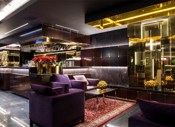 lukas gadeikis lobby bar reception luxurious resort 1
