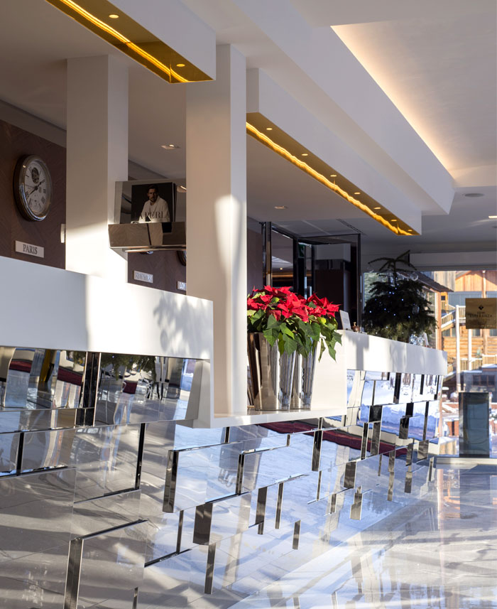 lukas gadeikis lobby bar reception luxurious resort 12