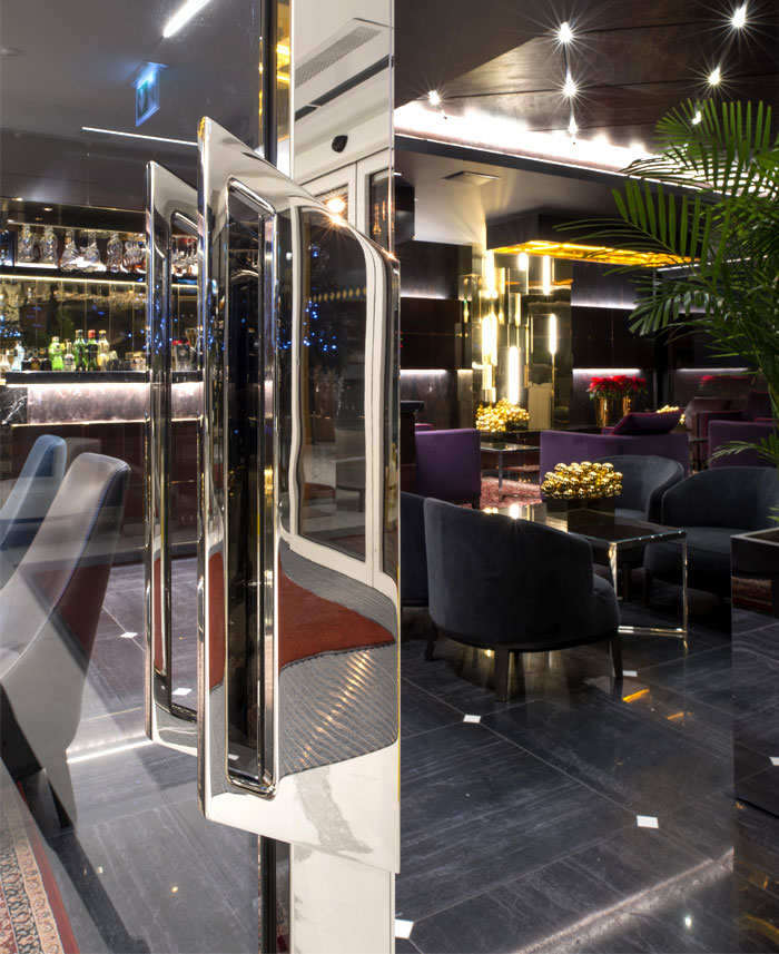 lukas gadeikis lobby bar reception luxurious resort 15