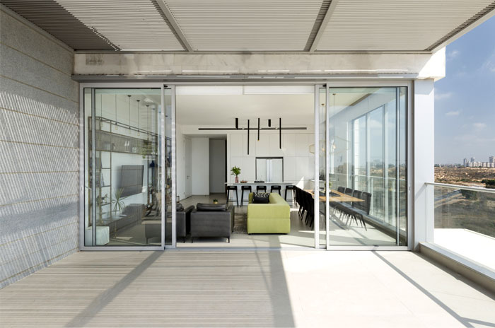 penthouse holon omy design 2