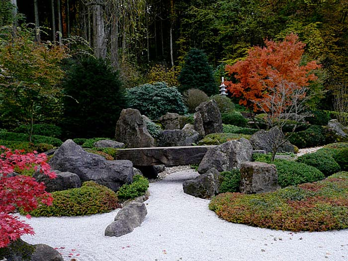 stone bridge japanese rock garden